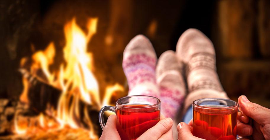 Kanada Hochzeitsreise Hütenromantik Feuer